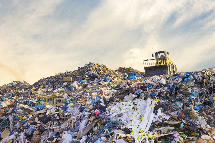 Une montagne de déchets.